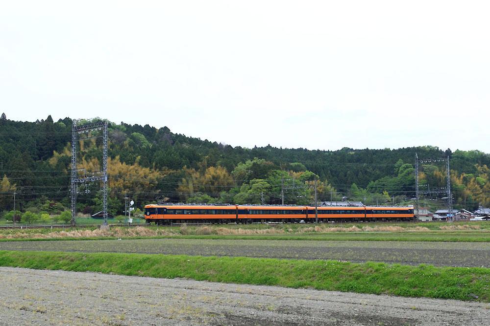 180430_近鉄12200系_青山町付近