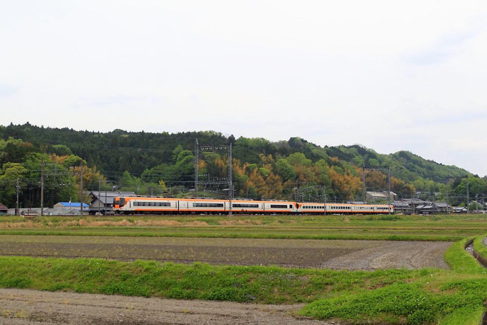 180430_近鉄22000系_青山町付近