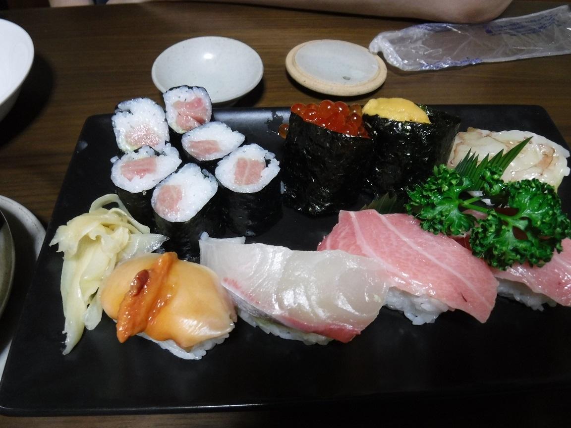 ブログ 特上寿司.jpg