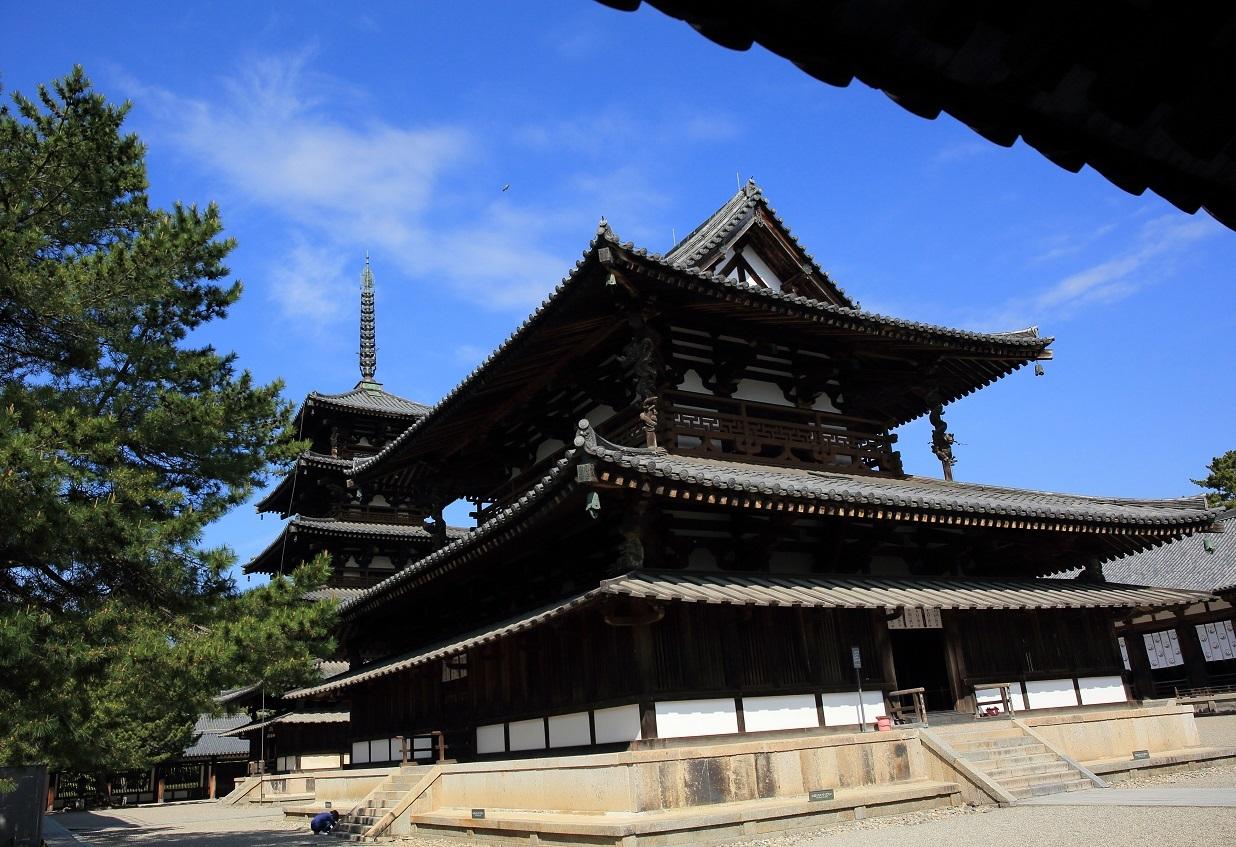 ブログ 法隆寺<br />ての金堂と五重塔.jpg