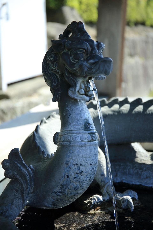 ブログ 法隆寺の手水.jpg