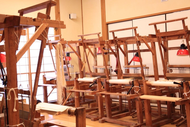 ブログ からむしの機織り機.jpg