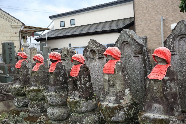 ブログ 常念寺の六地蔵.jpg