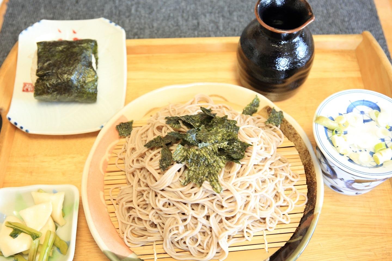 ブログ 質素に乾麺のざるそば.jpg