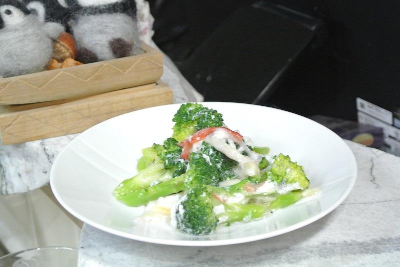 ブロッコリーと卵白あん1