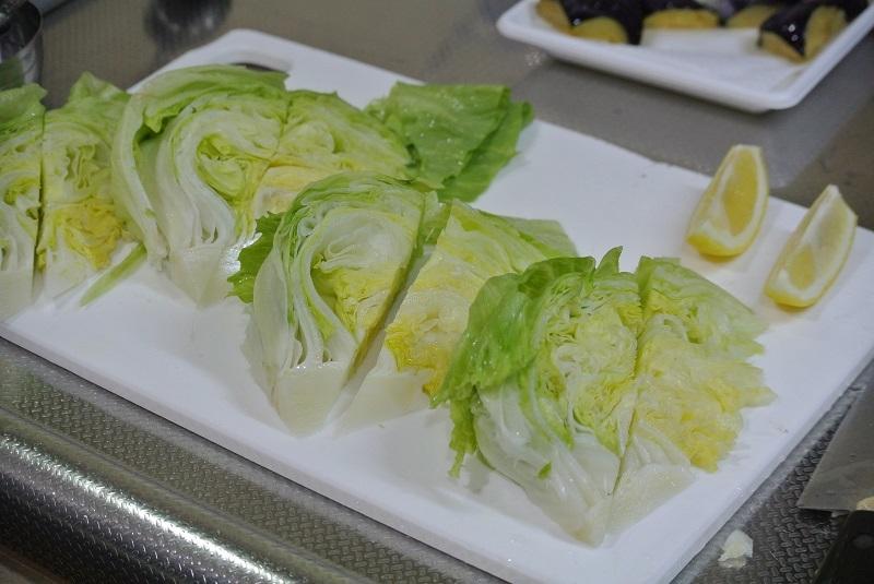 焼きレタスと海苔のサラダ2