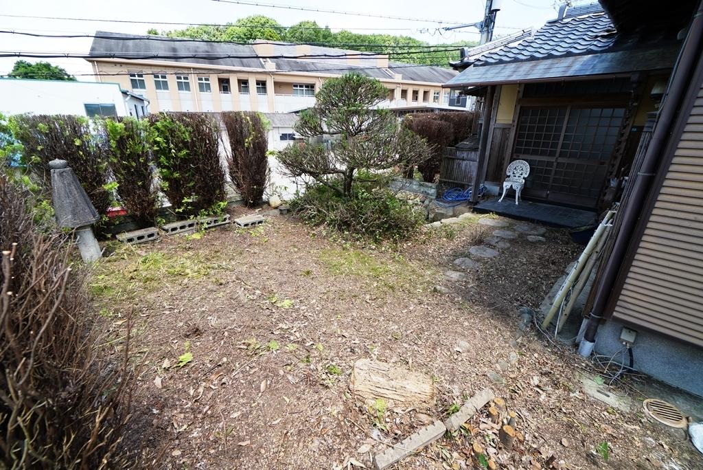 外観12庭