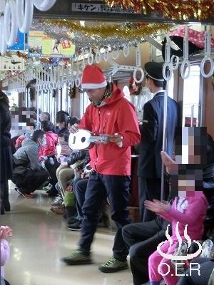 171216_santa_train_08.jpg