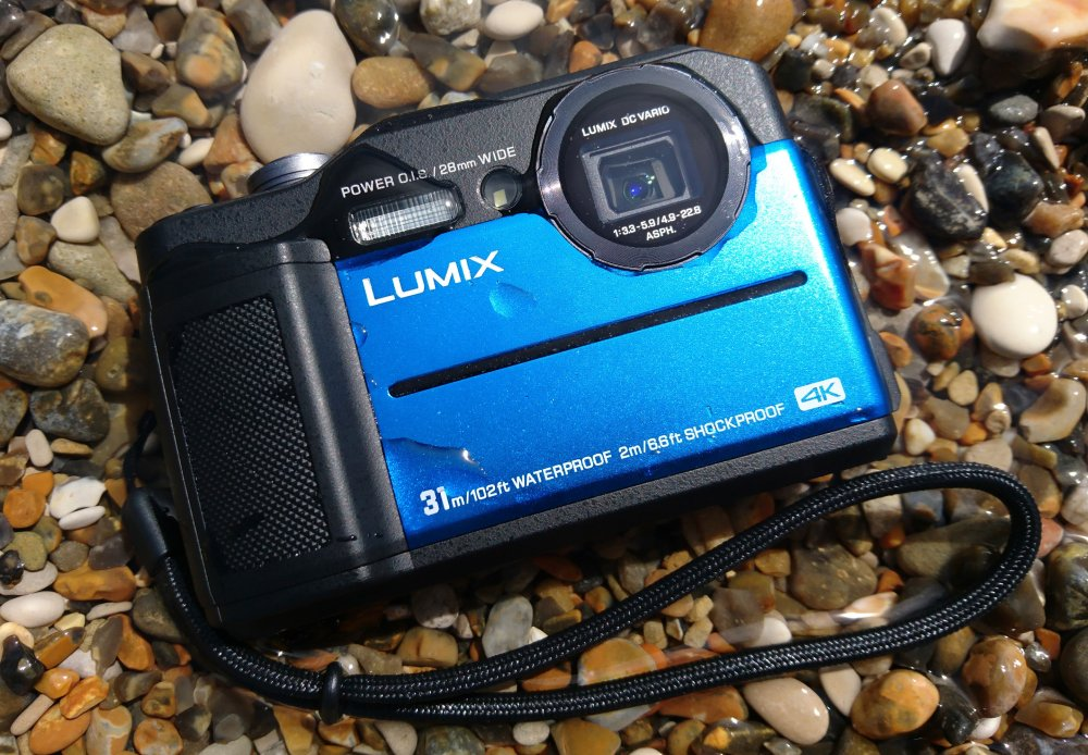 1000-Panasonic-Lumix-FT7-Blue-1-Custom_1525983420.jpg
