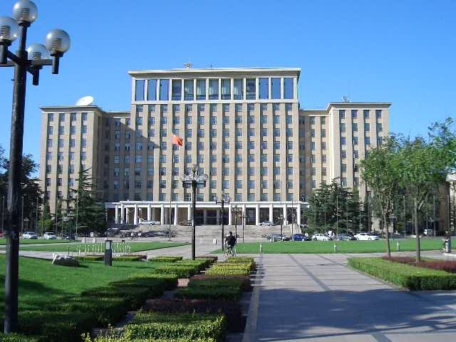 清華大学主楼