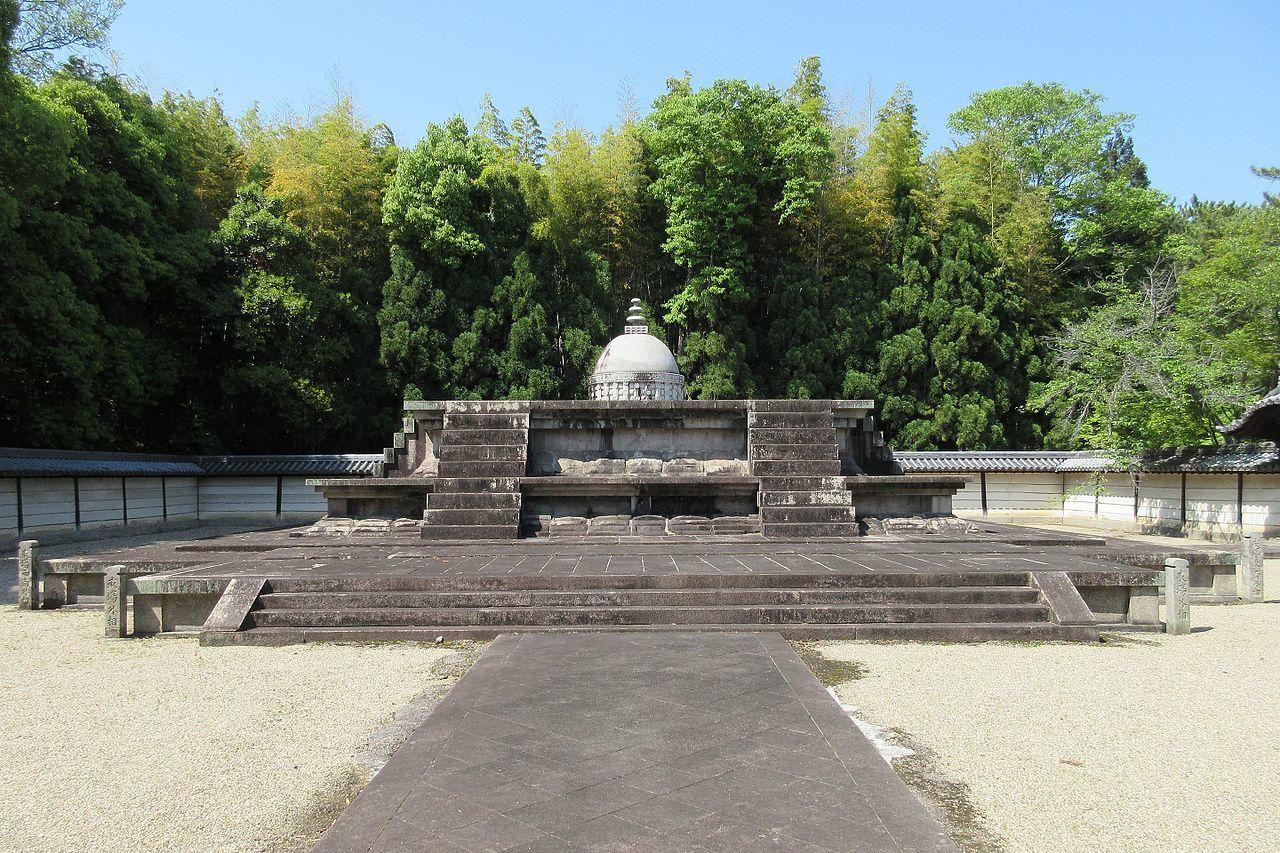 唐招提寺の戒壇(奈良県奈良市)
