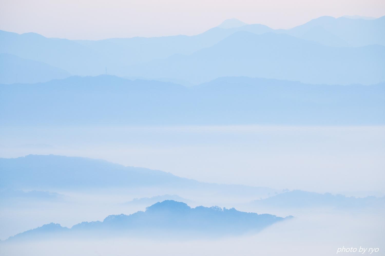 霧の低い朝に_4