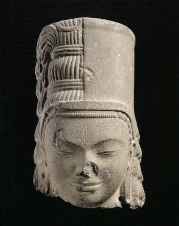 ハリハラ4 7世紀初め プノン・ダ