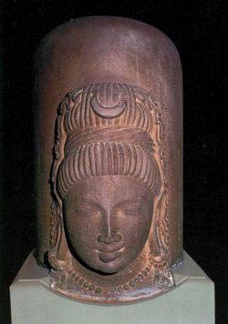 8リンガ5世紀
