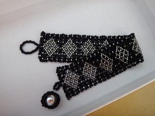 ビーズ編み腕輪2