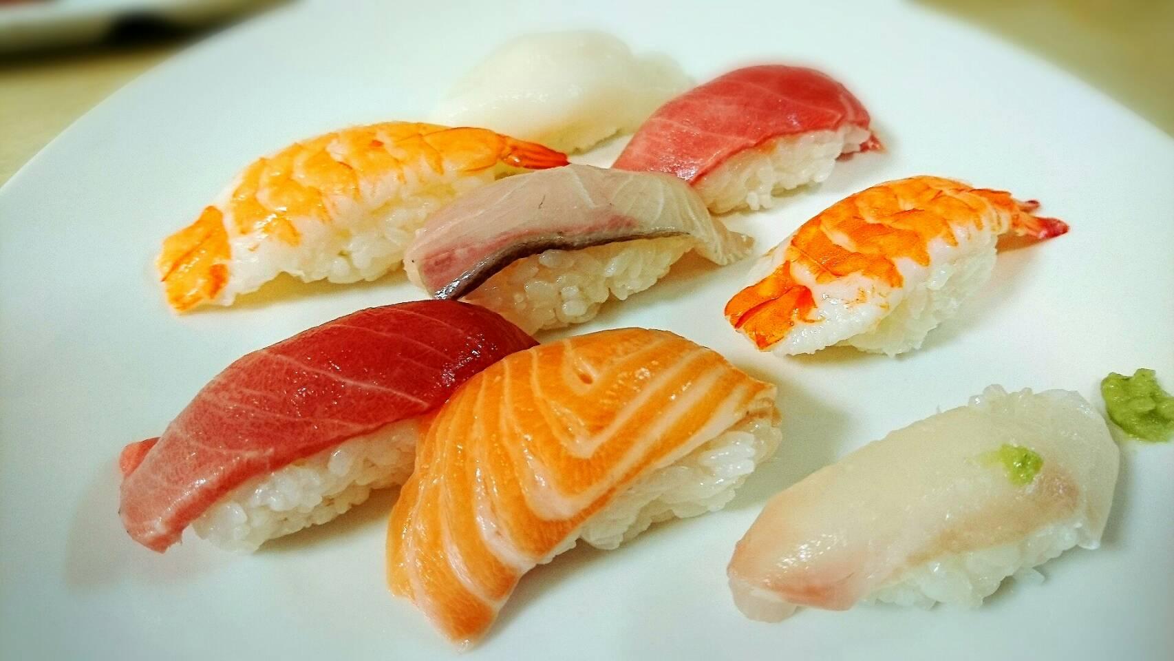 中トロ入りで600円の激安寿司