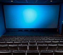 「映画館スタッフ」だけど質問ある?