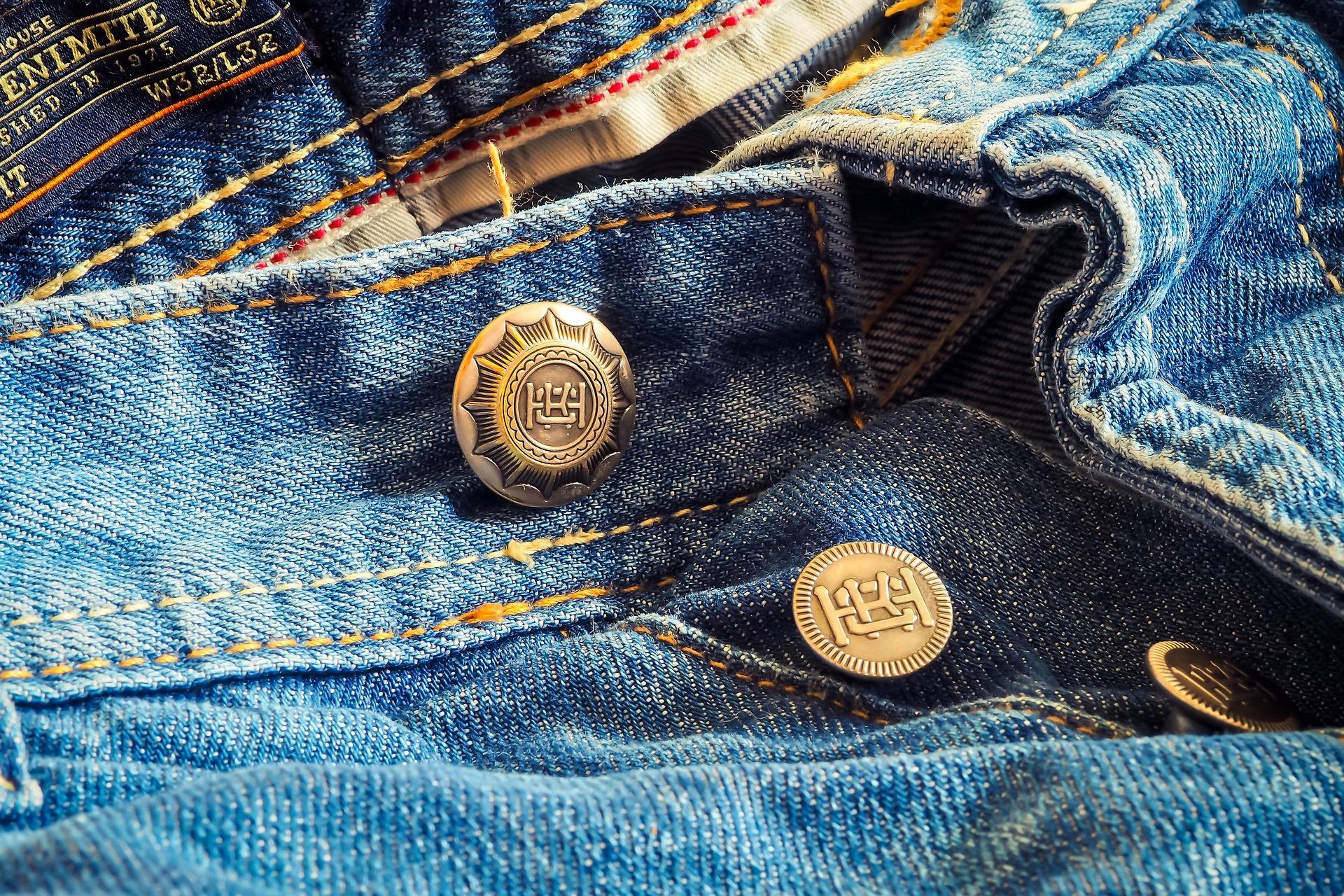 jeans-2979818_1920.jpg