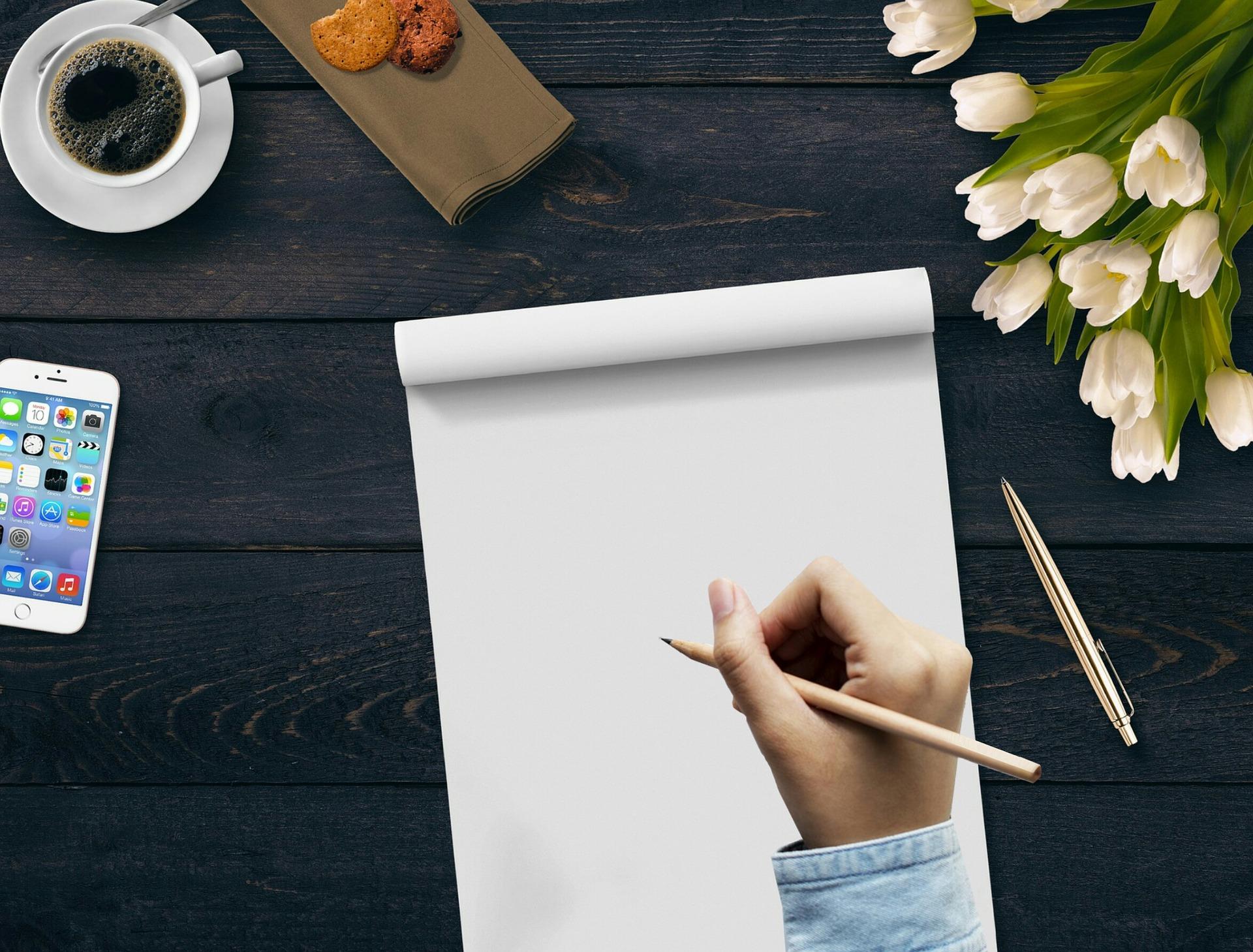 writing-3321866_1920.jpg