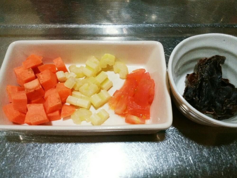 豚のこころと野菜の煮込みごはんの作り方1