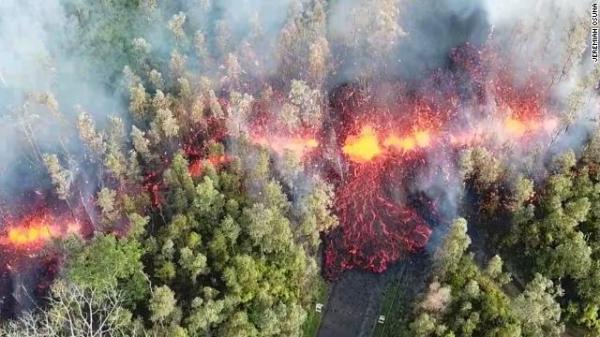 hawaii-volcano-cnn_convert.jpg
