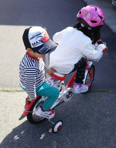 念願の自転車二人乗り