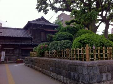 一里塚と商店