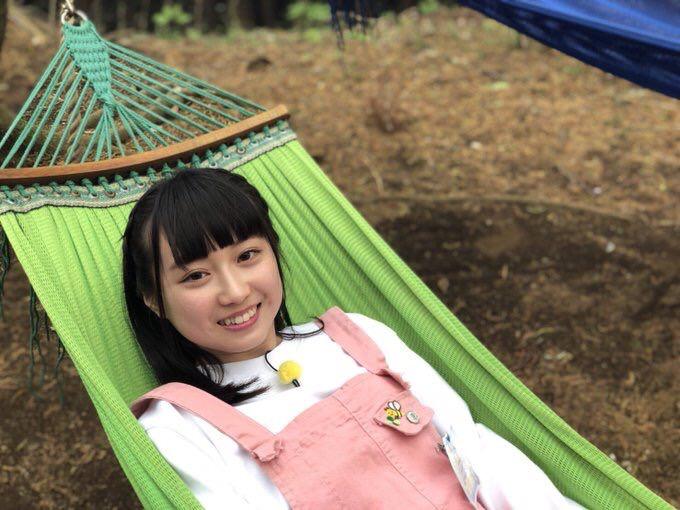 【大悲報】 チーム8 山田杏華ちゃんが、怪しい外国人から気に入られる………………