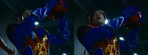 ヒーロー、マックスマンがやられてマスクオフ