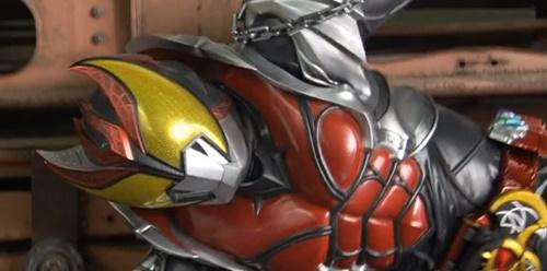 仮面ライダーキバがやられてピンチ、ヒーローが敗北してしまう