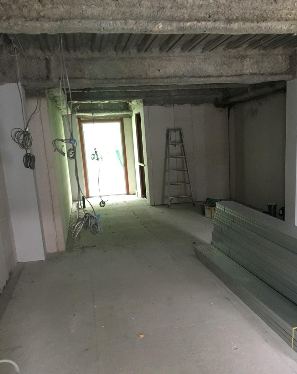 20180424ビル建築中