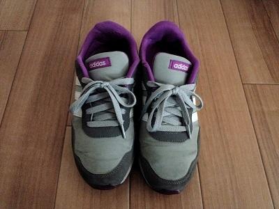 手持ちの靴 (1)