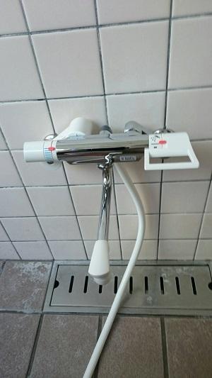 シャワー付け替え (2)