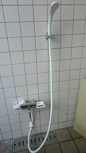 シャワー付け替え (3)