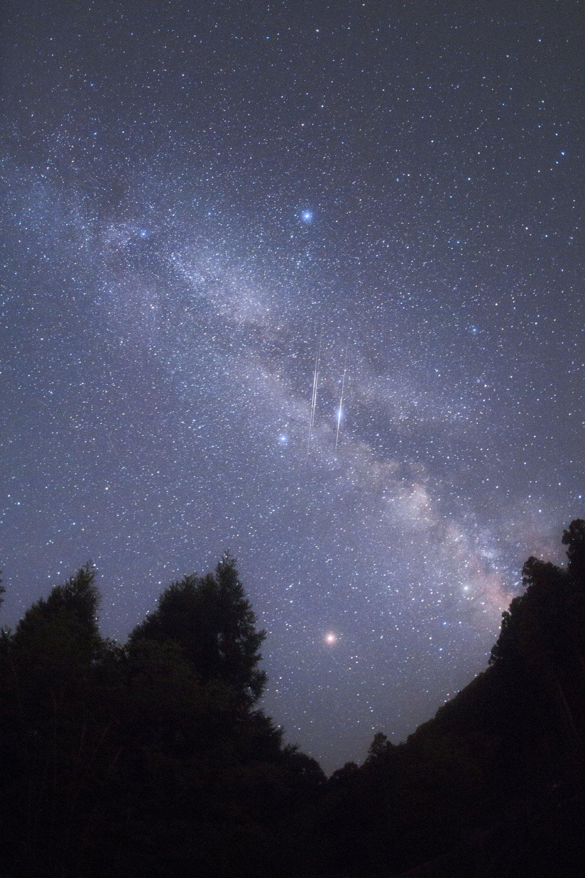 【星景】3連人工衛星×天の川@五条大塔