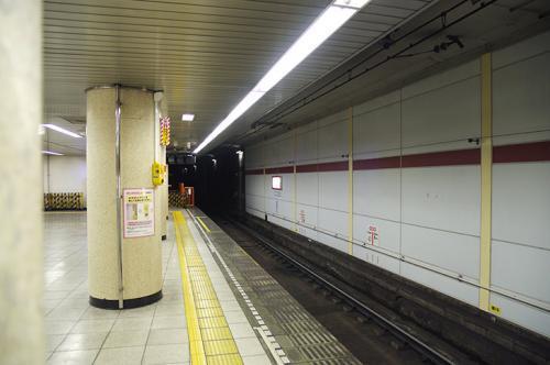 浅草線ホーム·フォトック·500px