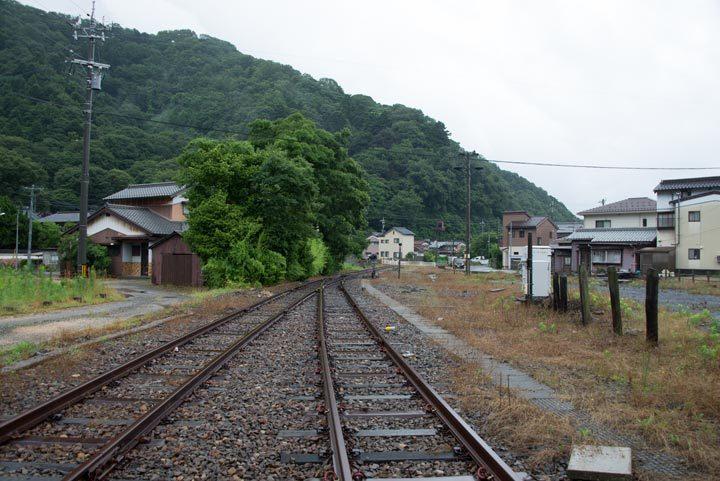 tsur18a8.jpg