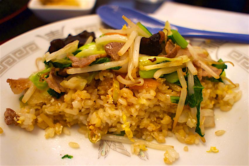 お食事処 畔@日光市大沢町 野菜炒めのせあんかけ炒飯