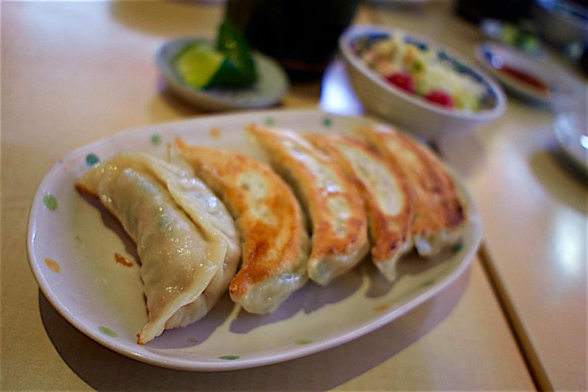 ザ・餃子のキャロル@宇都宮市宮町 焼き餃子+ライス