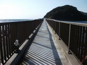 180412橋渡る