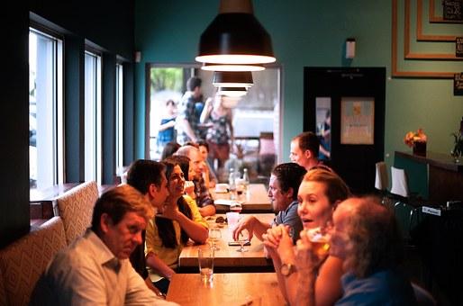 restaurant-690975__340.jpg