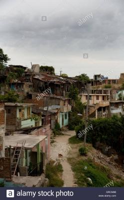 slum-in-santiago-de-cuba-GRCM98.jpg