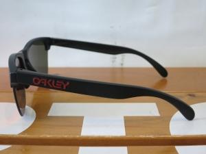 Oakley18FrogskinsLite3