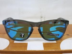Oakley18Frogskins22