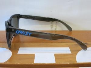 Oakley18Frogskins23