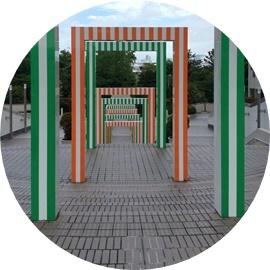 1 海浜公園までの案内ゲート