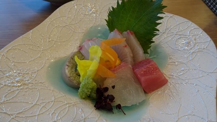 魚半食事 (4)