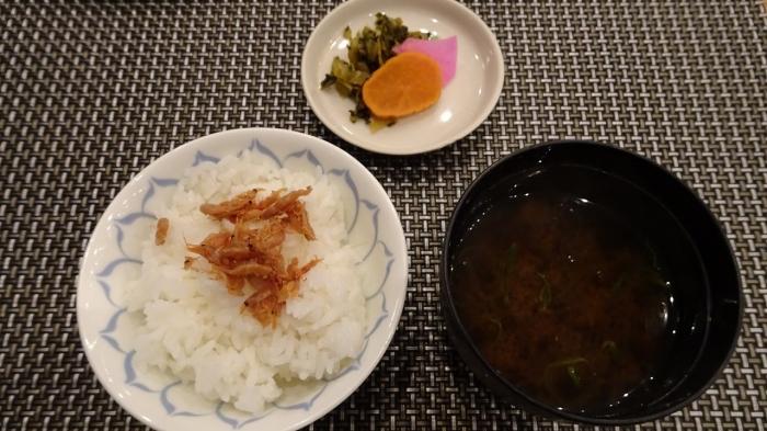 魚半食事 (9)