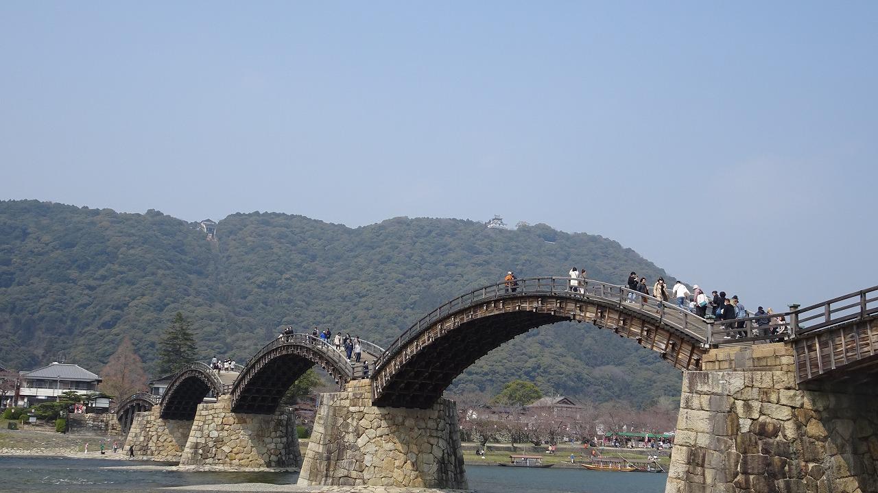 錦帯橋と岩国城  (2018年3月)