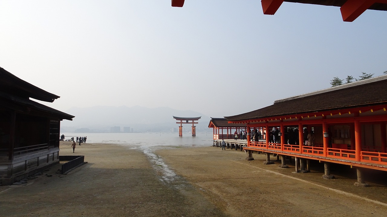 安芸の宮島(厳島神社)  (2018年3月)